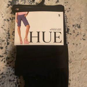 NWT Hue stretchy cuffed boyfriend shorts